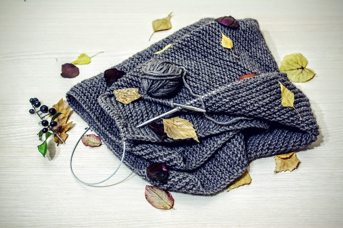Knitting with autumn leaves
